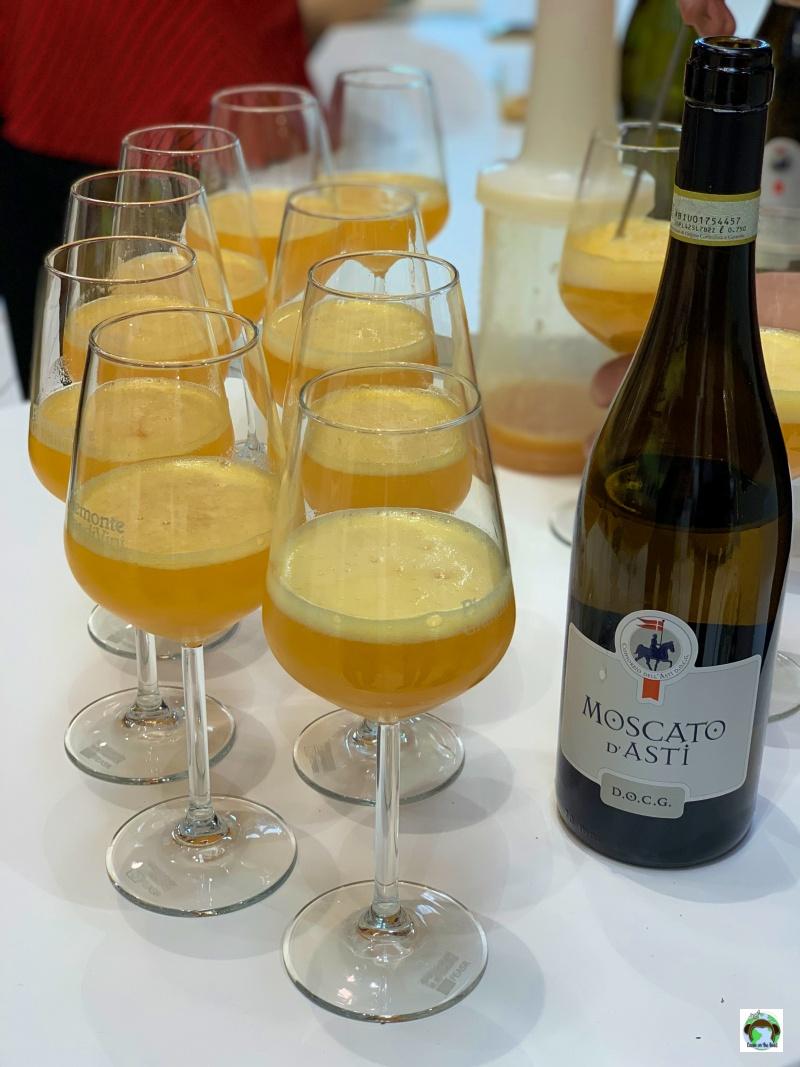 aperitivo bicchieri di Moscato