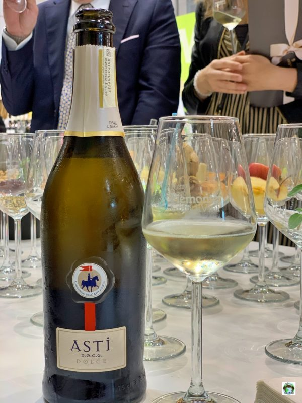 bottiglia vino Asti Docg dolce