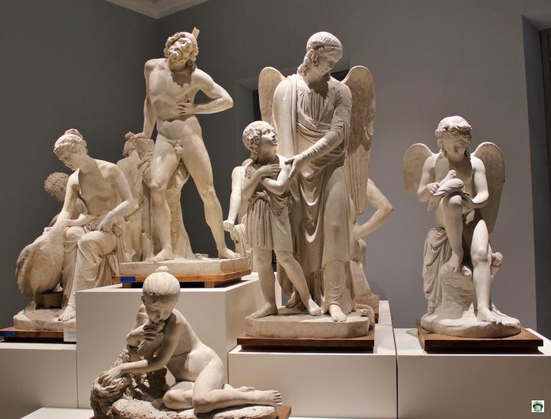 statue in gesso museo di Carrara