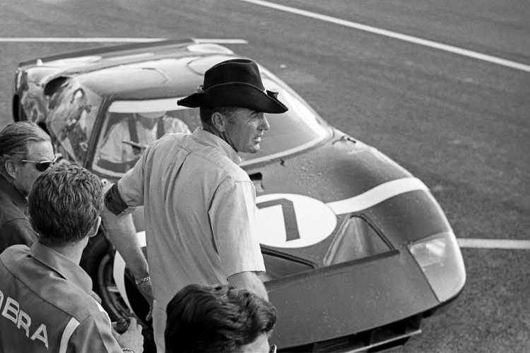 Un ford con neumaticos Goodyear en Le Mans '66