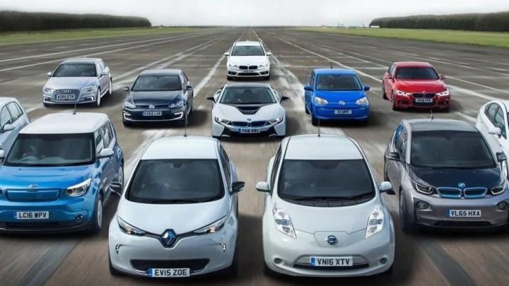 El Ayuntamiento de Murcia subvenciona por primera vez la compra de coches eléctricos