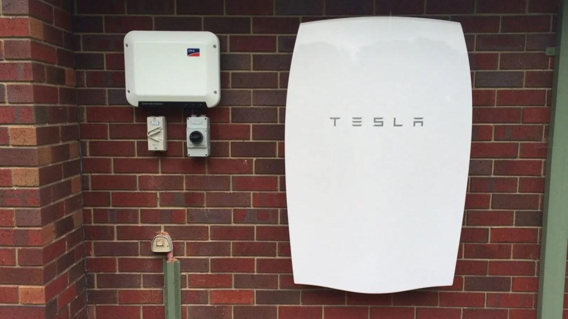Tesla powerball, para autoconsumo. Ideal para recargar un coche eléctrico