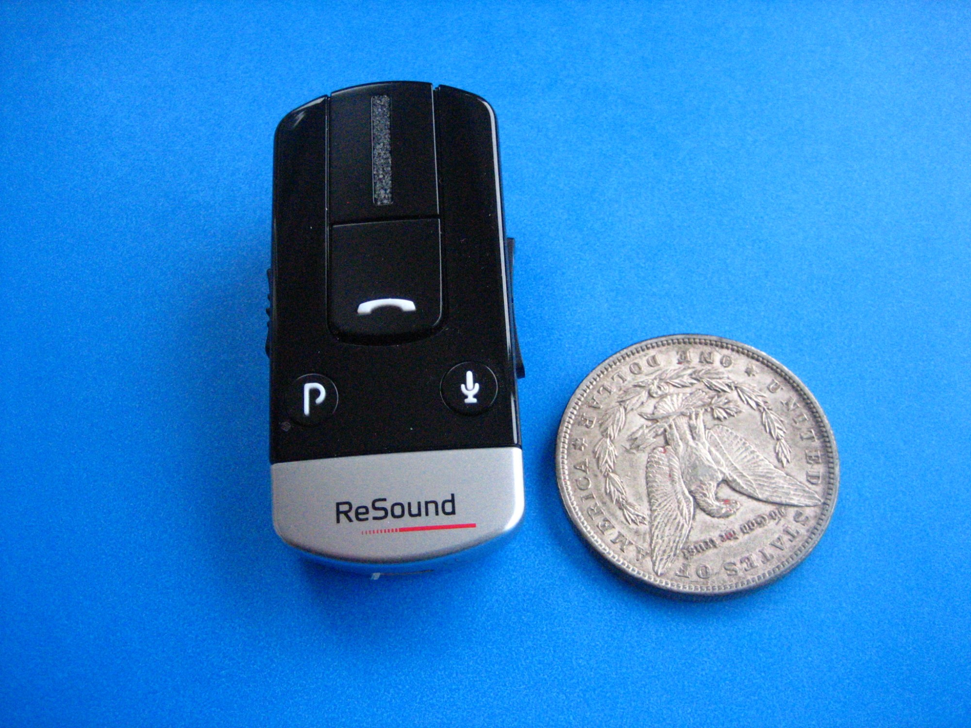 hight resolution of phone clip with us dollar coin for size comparison
