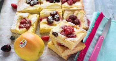 Tarta golden delicious con frutas del bosque