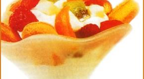 Copa con frutas a la crema