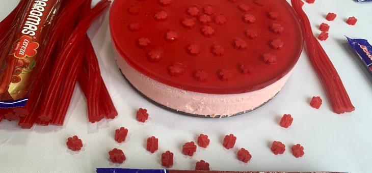 Tarta de Regaliz Rojo – Fácil y SIN horno!!
