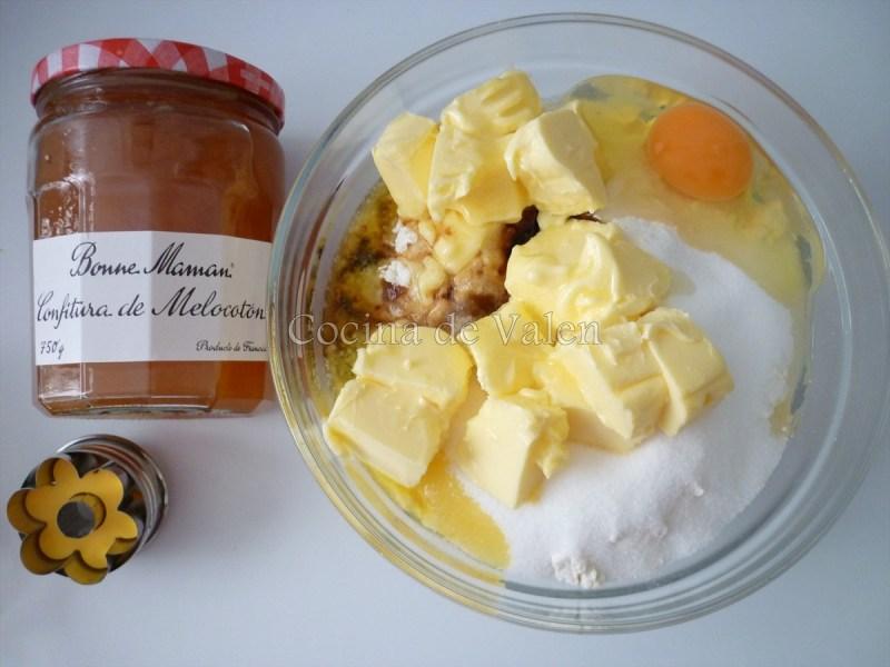 Preparación de las gallegtas rellenas de mermelada - Cocina de Valen