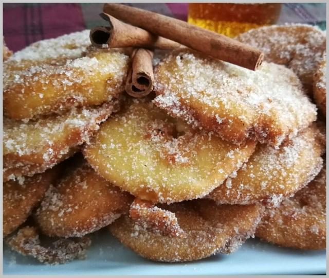 Buñuelos de manzana a la cerveza. Beignets de pomme à la bière