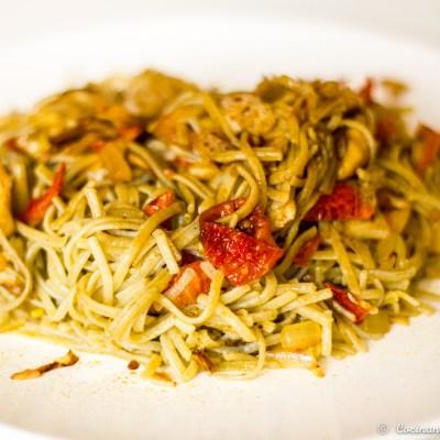 Espaguetis sin gluten con verduras