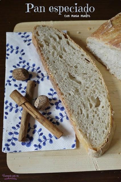pan especiado con masa madre
