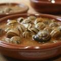 Cabrillas de las marismas en salsa