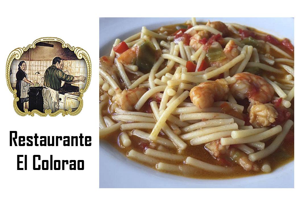 Fideos con langostinos. Restaurante «El colorao»