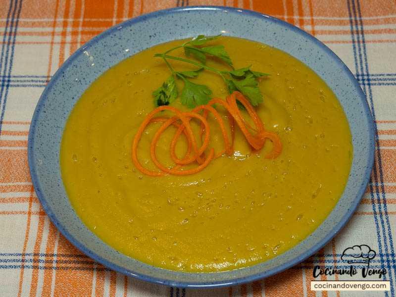 Crema de berenjenas, calabacín y zanahoria