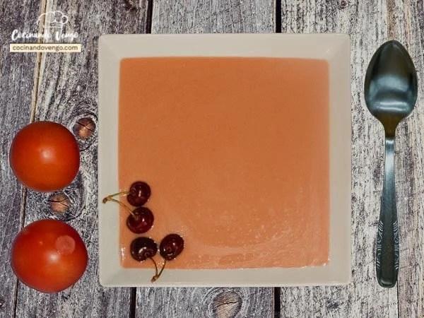Gazpacho de cereza
