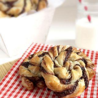 Espirales de hojaldre con Nutella, receta fácil y rápida para triunfar