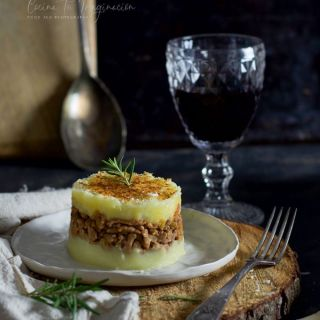 Pastel de carne y puré de patata
