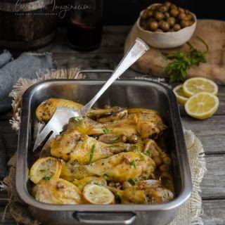 Pollo al limón al horno con aceitunas, receta fácil y rápida