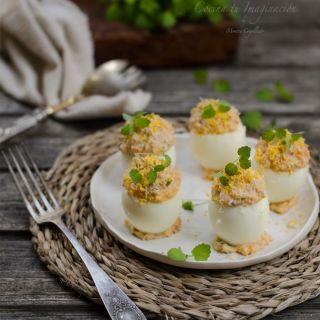 Huevos rellenos de atún y salmón ahumado