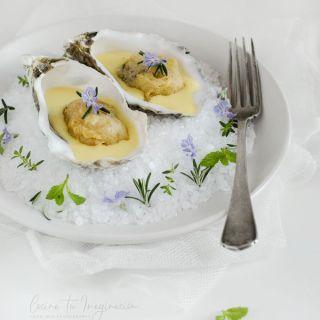 Ostras en tempura con mayonesa de naranja