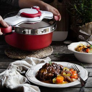 Carrilleras ibéricas con salsa de Oporto y verduras asadas