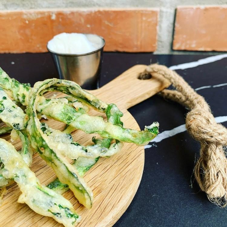cascara pepino tempura