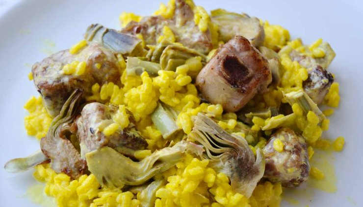 Receta de arroz meloso con alcachofas y costillitas de cerdo - recetas de arroces melosos y risottos - recetas realfooding o real food