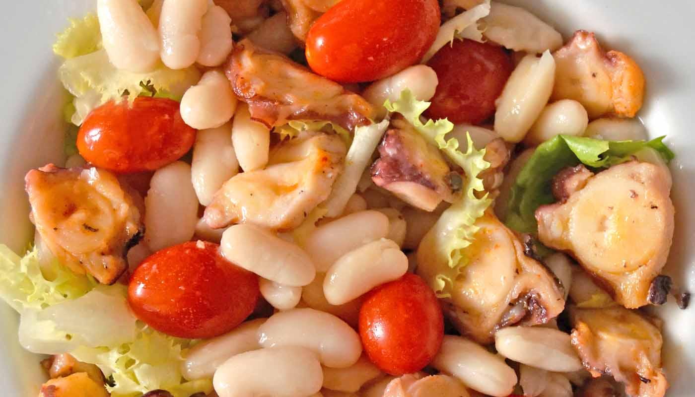 receta de ensalada de alubias con pulpo - recetas de alubias - recetas de legumbres - recetas de ensaladas de legumbres - recetas con pulpo - recetas realfooding o real food