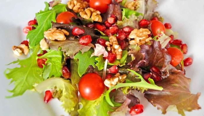 receta de ensalada de granadas y nueces - recetas de ensaladas con frutas - recetas realfooding o real food
