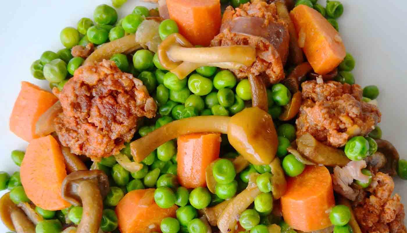 receta de guisantes con setas y chorizo - recetas con guisantes - recetas con setas - recetas de legumbres - recetas realfooding o real food