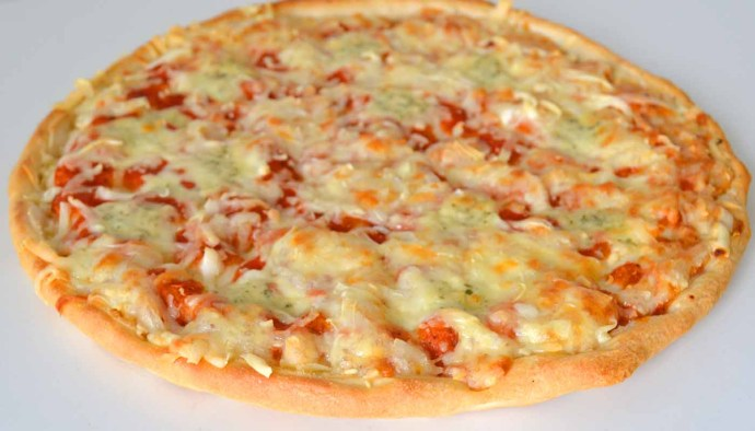 Receta de pizza margarita estilo italiano - recetas de pizzas y bases con topping - recetas realfooding o real food