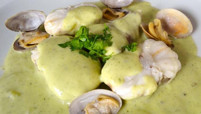 Receta de rape en salsa verde con almejas - recetas de pescado y marisco - recetas realfooding o real food