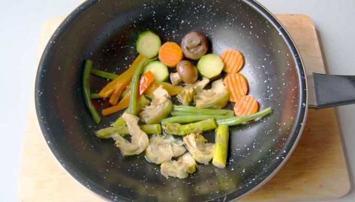 Wok, un utensilio para múltiples técnicas de cocina