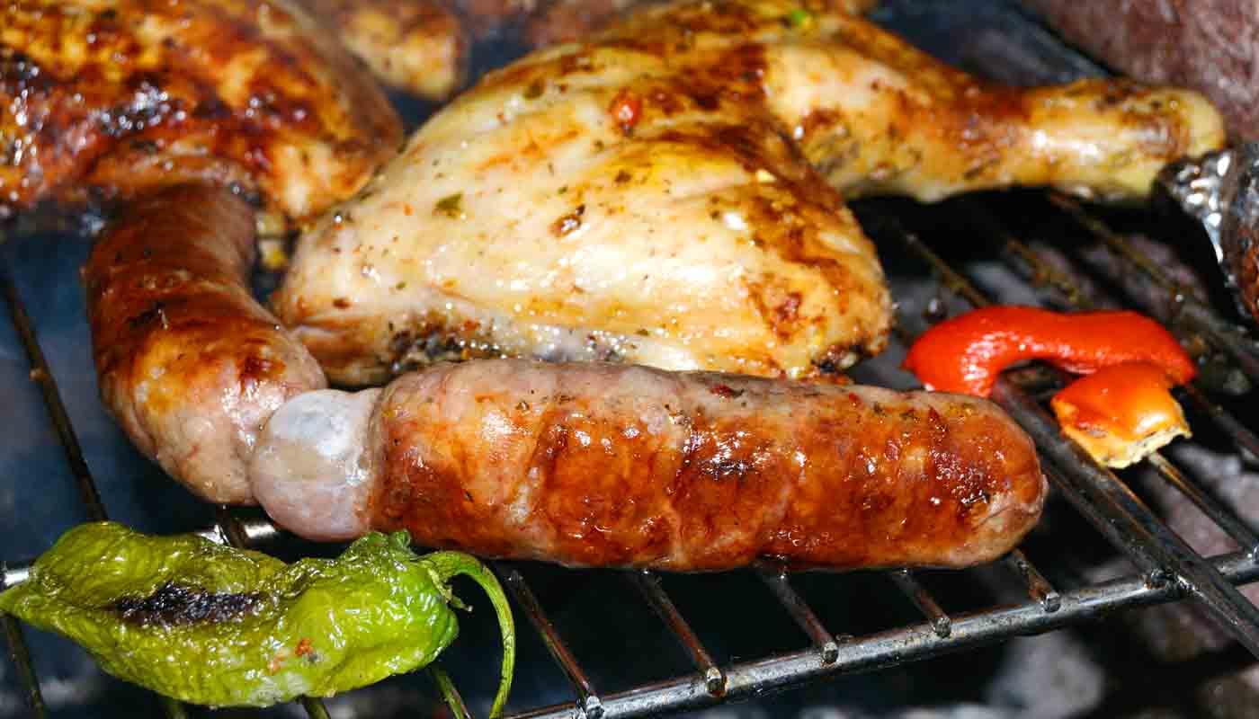 Cómo asar carnes a la barbacoa en su punto - trucos de cocina