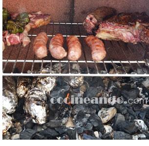 Cómo asar carnes a la barbacoa en su punto - trucos de cocina para una barbacoa perfecta
