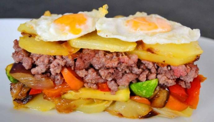 Receta de milhojas de patatas fritas y carne - recetas con patatas fritas - recetas realfooding o real food