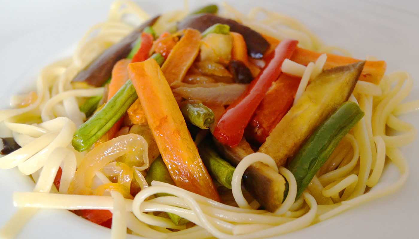 Receta de pasta con verduras salteadas - recetas de pasta - recetas realfooding o real food