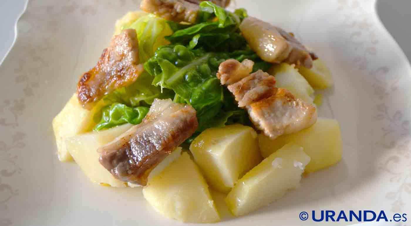 Receta de col con patatas al ajillo - recetas de patatas hervidas o al vapor - recetas realfooding o real food