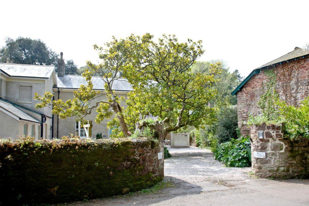 Entrance to Cockington Cottages