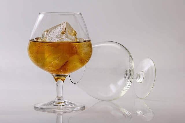 女性でも飲みやすい!ブランデーベースのおすすめカクテル8選