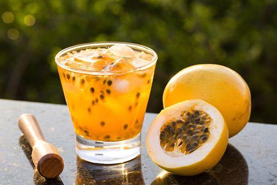 蘭姆酒派對調酒-百香果汁
