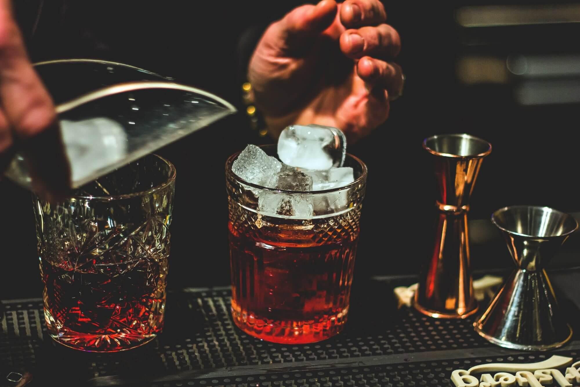 Zubereitung von Cocktails