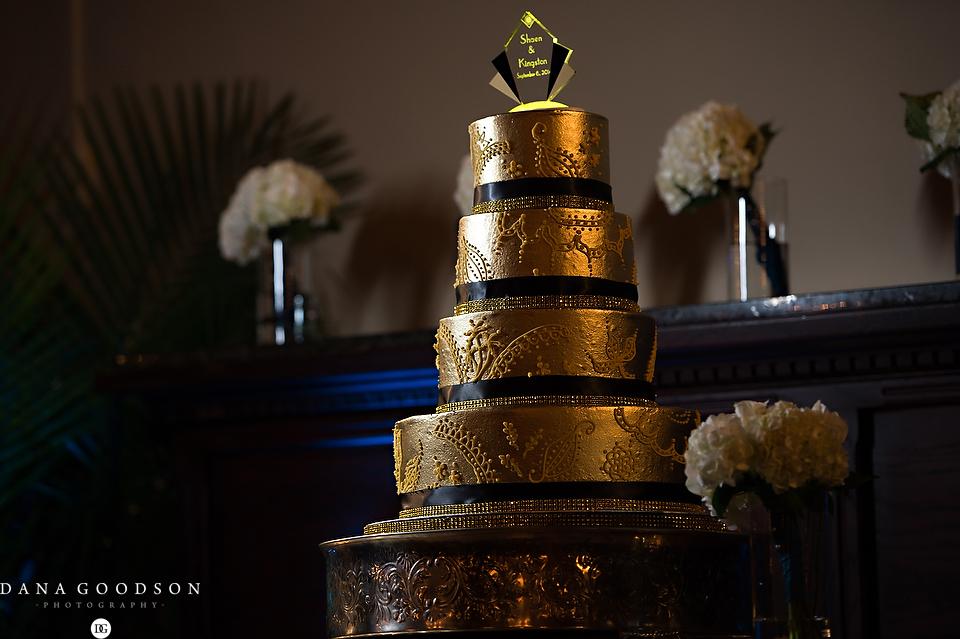 Jacksonville Gold Great Gatsby Wedding Cake