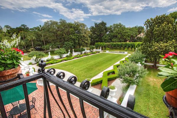 view of the forma gardens at Crane Cottage on Jekyll Island