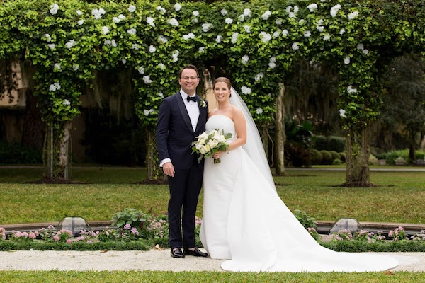 bride and groom at Crane Cottage Jekyll Island