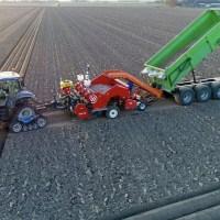 Planting potatoes using modern machines