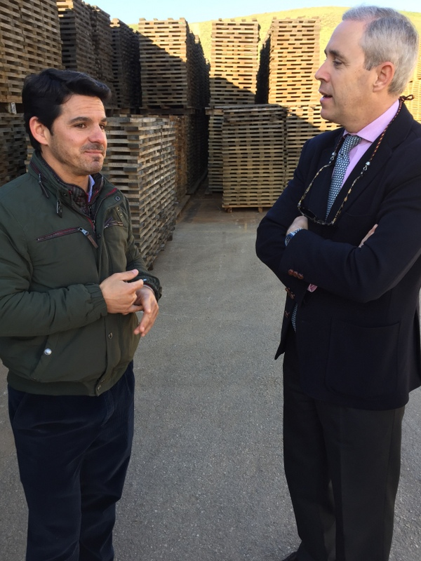 Isaac and Federico, Antonio Páez Lobato cooperage