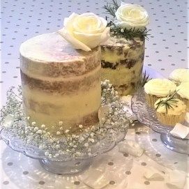 Photograph of sweet and savoury single tier wedding cakes by Cocoa & Whey Cakes in Hampshire