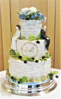 Birch wedding cake with sugar blackberries