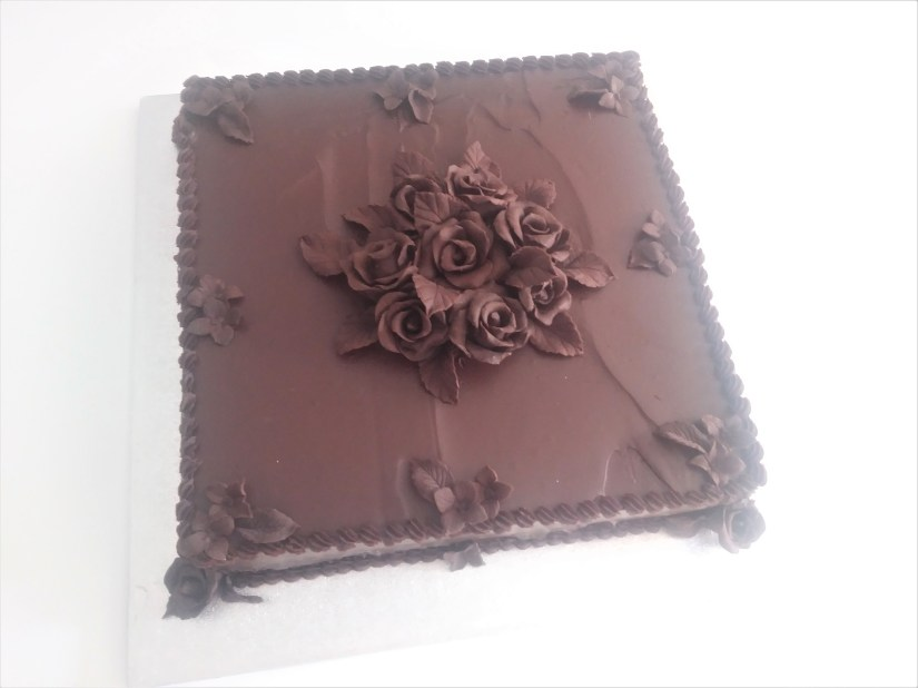Single Tier Square Chocolate Wedding Cake with Chocolate Roses & Leaves