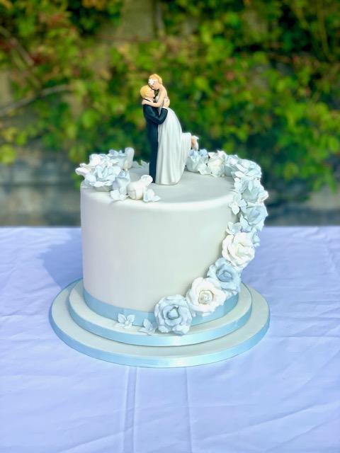 Single Tier Blue & White Sugar Rose Cascade Wedding Cake by Cocoa & Whey Cakes